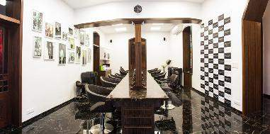 Get styled by the experts: Blowdry, nail cut, file and polish at Warren Tricomi for one